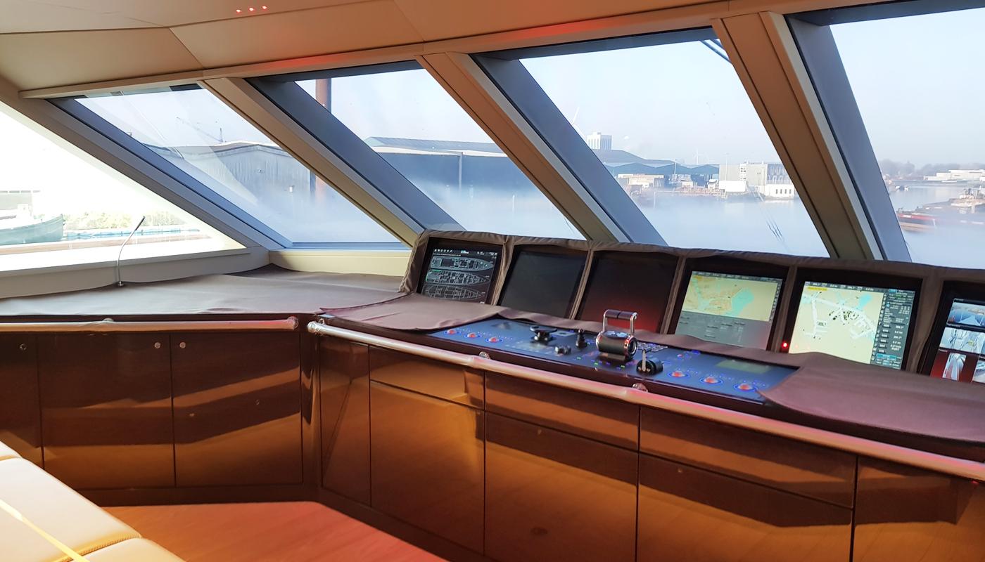 arredamento su misura yacht your team aradeo