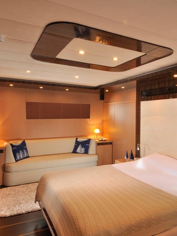 arredo contract yacht aradeo
